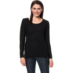 Sweter w kolorze czarnym. Czarne swetry damskie Assuili, z kaszmiru, z okrągłym kołnierzem. W wyprzedaży za 159.95 zł.
