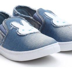 Niebieskie Slip On Rabbit's Carrot. Niebieskie buty sportowe dziewczęce Born2be, z denimu. Za 19.99 zł.