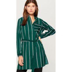 Długa koszula w paski - Wielobarwn. Szare koszule damskie Mohito, w paski, z długim rękawem. Za 99.99 zł.