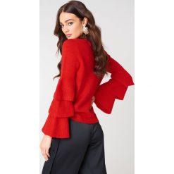 NA-KD Dzianinowy sweter z rękawem z falbanami - Red. Czerwone swetry damskie NA-KD, z dzianiny, z okrągłym kołnierzem. W wyprzedaży za 85.37 zł.