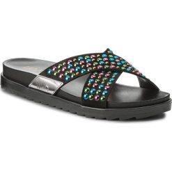 Klapki LIU JO - Sandalo Footbed S18139 T9474  Black 22222. Czarne klapki damskie Liu Jo, z materiału. W wyprzedaży za 329.00 zł.