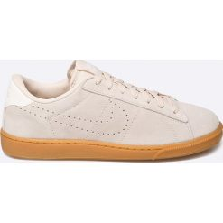 Nike Sportswear - Buty Tennis Classic CS. Szare buty sportowe męskie Nike Sportswear, z materiału. W wyprzedaży za 199.90 zł.