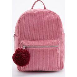 Sztruksowy plecak z pomponem - Różowy. Czerwone plecaki damskie Reserved, ze sztruksu. Za 89.99 zł.