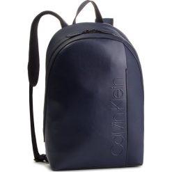 Plecak CALVIN KLEIN - Elevated Logo Round Backpack K50K503910 430. Niebieskie plecaki damskie Calvin Klein, ze skóry ekologicznej. Za 649.00 zł.