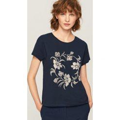 T-shirt z nadrukiem - Granatowy. T-shirty damskie marki DOMYOS. W wyprzedaży za 29.99 zł.
