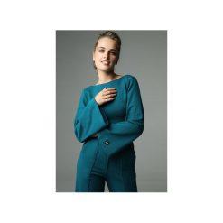 BLUZKA SLENDER - CIEMNY TURKUS. Zielone bluzki damskie Madnezz, z bawełny, biznesowe, z dekoltem na plecach. Za 179.00 zł.