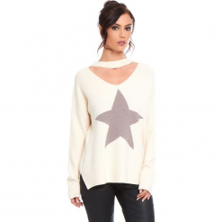"""Sweter """"Etoile"""" w kolorze beżowym. Brązowe swetry damskie Cosy Winter, prążkowane, z okrągłym kołnierzem. W wyprzedaży za 136.95 zł."""