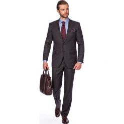 Garnitur Brązowy Aston. Brązowe garnitury męskie LANCERTO, z tkaniny. W wyprzedaży za 299.90 zł.