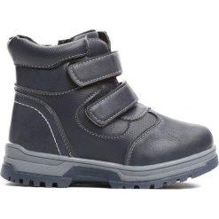 Granatowe Traperki Persistently. Niebieskie buty zimowe chłopięce Born2be, z materiału. Za 54.99 zł.