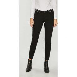 Medicine - Jeansy Essential. Czarne jeansy damskie MEDICINE. Za 119.90 zł.
