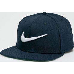 Nike Sportswear - Czapka Swoosh Pro. Szare czapki i kapelusze męskie Nike Sportswear. Za 79.90 zł.
