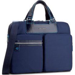 Torba na laptopa PIQUADRO - CA3355CE Blu. Niebieskie torby na laptopa damskie Piquadro, z materiału. W wyprzedaży za 679.00 zł.