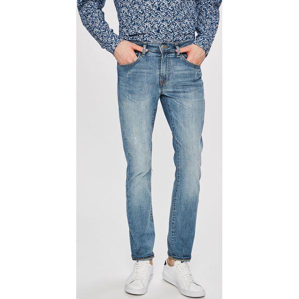 5a31373cc9213 Guess Jeans - Jeansy Angels - Jeansy męskie marki Guess Jeans. W wyprzedaży  za 279.90 zł. - Jeansy męskie - Spodnie męskie - Odzież męska - Dla  mężczyzn ...