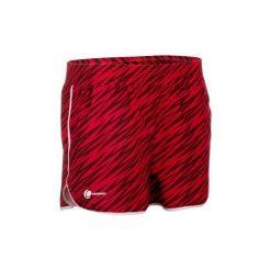 Spodenki Tenis Soft Damskie. Czerwone szorty damskie ARTENGO, z tkaniny. W wyprzedaży za 24.99 zł.