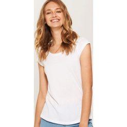 T-shirt basic - Biały. T-shirty damskie marki DOMYOS. Za 17.99 zł.