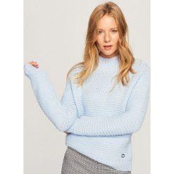 Sweter z grubym splotem - Niebieski. Niebieskie swetry damskie Reserved, ze splotem. Za 119.99 zł.