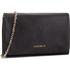 Torebka COCCINELLE - CDA Sibilla E1 CDA 19 02 01 Noir 001. Czerwone torebki do ręki damskie Coccinelle, ze skóry. Za 1,049.90 zł.