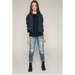 Tommy Jeans - Top. Szare topy damskie Tommy Jeans, z jeansu, z krótkim rękawem. W wyprzedaży za 129.90 zł.