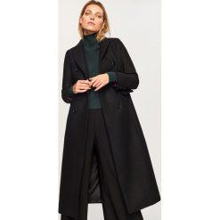 Wełniany płaszcz - Czarny. Czarne płaszcze damskie Reserved, z wełny. Za 599.99 zł.