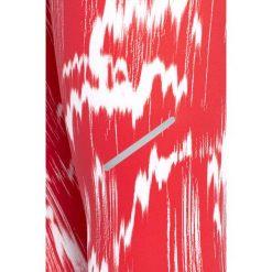 Reebok- Legginsy All Over Print. Szare legginsy damskie Reebok, z dzianiny. W wyprzedaży za 129.90 zł.