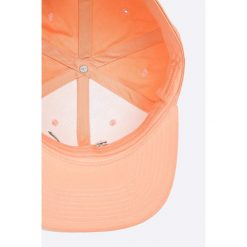 Puma - Czapka. Różowe czapki i kapelusze damskie Puma, z bawełny. W wyprzedaży za 69.90 zł.