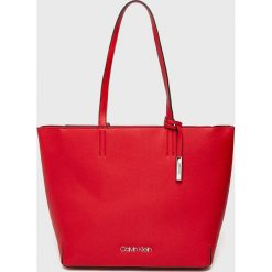 Calvin Klein - Torebka. Czerwone torby na ramię damskie Calvin Klein. Za 599.90 zł.