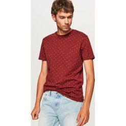 T-shirt z mikroprintem - Bordowy. T-shirty męskie marki Giacomo Conti. W wyprzedaży za 39.99 zł.