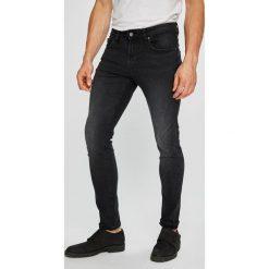 Guess Jeans - Jeansy Chris. Jeansy męskie marki bonprix. W wyprzedaży za 319.90 zł.