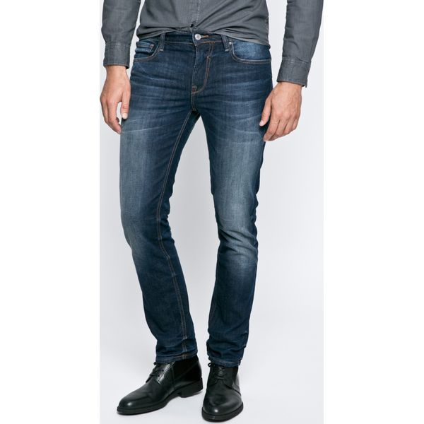 064215273ec16 Guess Jeans - Jeansy - Jeansy męskie marki Guess Jeans. W wyprzedaży za  329.90 zł. - Jeansy męskie - Spodnie męskie - Odzież męska - Dla mężczyzn  ...
