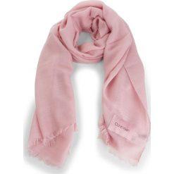 Szal CALVIN KLEIN - Sparkling Scarf  K60K604908 Pastel Pink 639. Czerwone szaliki i chusty damskie Calvin Klein, z materiału. Za 279.00 zł.