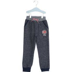Niebieskie Spodnie Dresowe Give In To Me. Niebieskie spodnie sportowe dla chłopców Born2be, z dresówki. Za 29.99 zł.