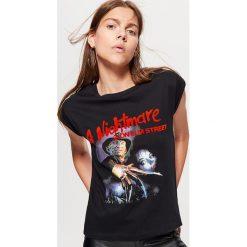 Koszulka A NIGTMARE ON ELM STREET - Czarny. Czarne t-shirty damskie Cropp. Za 59.99 zł.