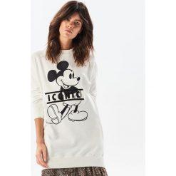 Bluza z Myszką Miki - Kremowy. Białe bluzy damskie Reserved. Za 89.99 zł.