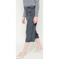 Broadway - Spodnie. Szare spodnie materiałowe damskie Broadway, z materiału. W wyprzedaży za 59.90 zł.