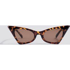 NA-KD Accessories Okulary przeciwsłoneczne Sharp Top Cat Ey - Brown. Brązowe okulary przeciwsłoneczne damskie NA-KD Accessories. W wyprzedaży za 37.07 zł.