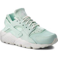 Buty NIKE - Air Huarache Run Se 859429 300 Igloo/Igloo/Summit White. Zielone obuwie sportowe damskie Nike, z materiału. W wyprzedaży za 399.00 zł.