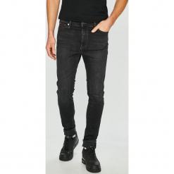 Tommy Jeans - Jeansy Simon. Czarne jeansy męskie Tommy Jeans. Za 449.90 zł.