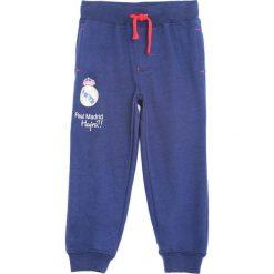 Granatowe Spodnie Dresowe Bast Chance. Niebieskie spodnie sportowe dla chłopców Born2be, z dresówki. Za 49.99 zł.