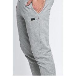 Produkt by Jack & Jones - Spodnie. Szare spodnie sportowe męskie PRODUKT by Jack & Jones, z bawełny. W wyprzedaży za 89.90 zł.