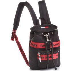 Plecak TOMMY JEANS - Tj Heritage Mini Bac AU0AU00251 902. Czarne plecaki damskie Tommy Jeans, z jeansu, sportowe. Za 449.00 zł.