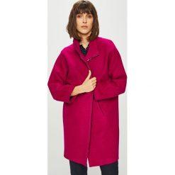 Medicine - Płaszcz Basic. Czerwone płaszcze damskie MEDICINE, z materiału. Za 299.90 zł.