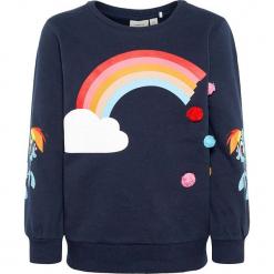 """Bluza """"Amina"""" w kolorze granatowym. Niebieskie bluzy dla dziewczynek Name it Kids, z aplikacjami, z bawełny. W wyprzedaży za 62.95 zł."""