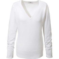 Sweter z dekoltem w serek bonprix biały. Swetry damskie marki KALENJI. Za 59.99 zł.