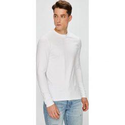 Guess Jeans - Longsleeve. Szare bluzki z długim rękawem męskie Guess Jeans, z bawełny, z okrągłym kołnierzem. Za 149.90 zł.