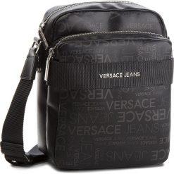 Saszetka VERSACE JEANS - E1YSBB21 All Over 899. Czarne saszetki męskie Versace Jeans, z jeansu, młodzieżowe. Za 529.00 zł.