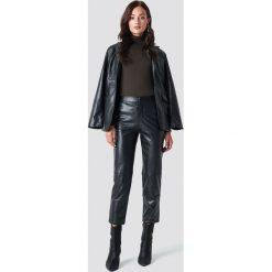 NA-KD Trend Spodnie PU - Black. Czarne spodnie materiałowe damskie NA-KD Trend, ze skóry. Za 161.95 zł.
