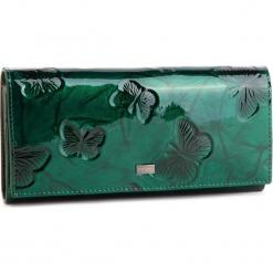 Duży Portfel Damski NOBO - NPUR-LG0200-C008 Zielony. Zielone portfele damskie Nobo, z lakierowanej skóry. W wyprzedaży za 149.00 zł.