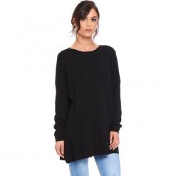 """Sweter """"Odile"""" w kolorze czarnym. Czarne swetry damskie Cosy Winter, z okrągłym kołnierzem. W wyprzedaży za 181.95 zł."""