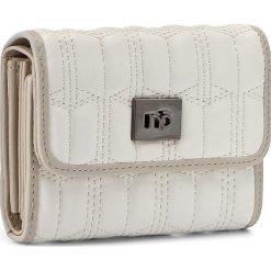 Duży Portfel Damski NOBO - NPUR-0520-C000 Biały. Białe portfele damskie Nobo, ze skóry ekologicznej. W wyprzedaży za 99.00 zł.