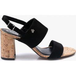 CheBello - Sandały. Czarne sandały damskie CheBello, z materiału. W wyprzedaży za 179.90 zł.